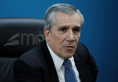 Exministro opina que Villamayor no es apto para el cargo que ocupa