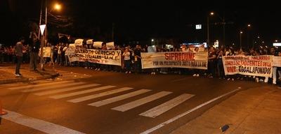 Universitarios volverán a movilizarse, reclaman mejor presupuesto