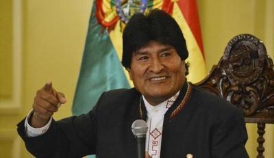Evo Morales califica de golpistas a quienes atacan sedes de su partido