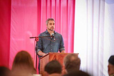 Abdo anuncia políticas para reforestación y salud