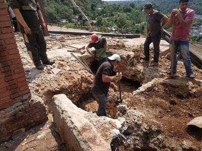 Hallan más restos óseos en antigua casa del dictador Stroessner