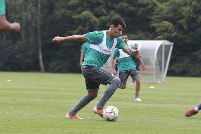 Hernán Pérez 'la picó' y le dio el triunfo a su equipo