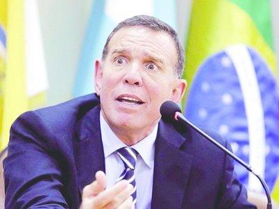 """La FIFA terminó por """"sepultar"""" a Napout"""