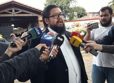 Vamos a luchar para que el ministro del Interior salga de esa cartera, afirma familiar de comisario asesinado