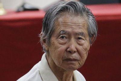 Fujimori retorna a prisión tras superar problemas cardíacos