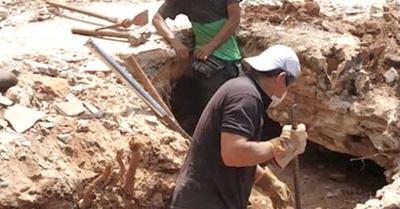 Encontraron más restos óseos en la casa de Stroessner