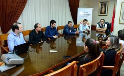 Universitarios donan un aplicativo para defensa del consumidor