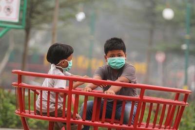 El aire de Singapur alcanza niveles «insalubres» por incendios de Indonesia