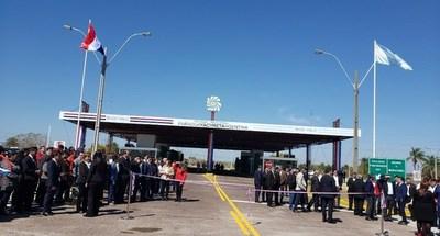 Paso fronterizo Ayolas-Ituzaingó permanecerá cerrado este lunes