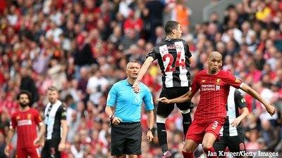 Liverpool remonta al Newcastle de Almirón