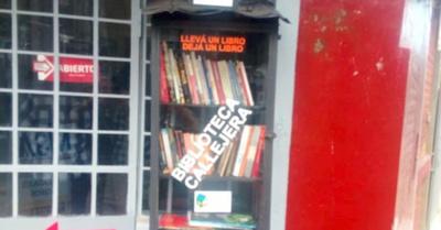 Habilitaron otra biblio callejera en Las Mercedes