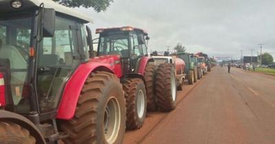 Productores suspenden tractorazo