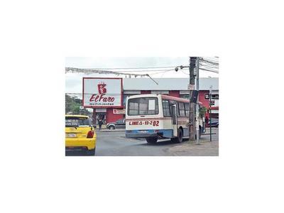 Urgen   intervención a la regulada de buses en fines de semana