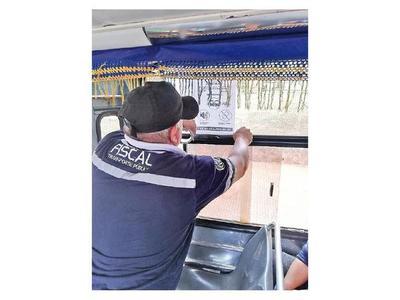 Anuncian sanción por uso de  celular y carreras en buses