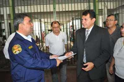 "Imputan al director del penal de Emboscada por caso ""Samura"""