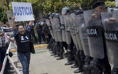 """Malestar"" en misión de OEA para Nicaragua tras prohibición de entrar al país"