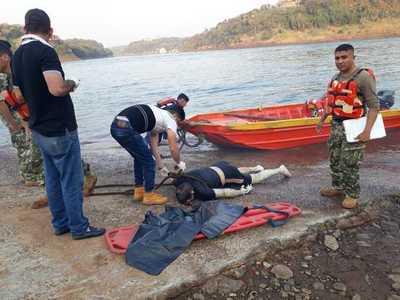 Hallan cadáver de un hombre flotando en aguas del Paraná