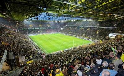 HOY / La Champions se estrena a lo grande en el Signal Iduna Park