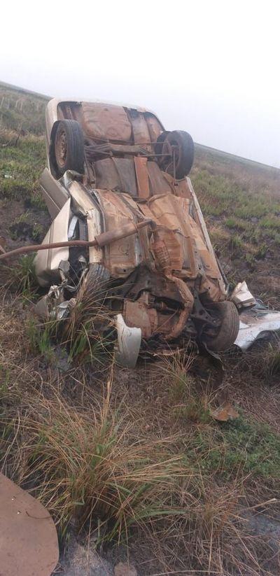 Dos personas fallecen en accidente de tránsito en la ruta PY04