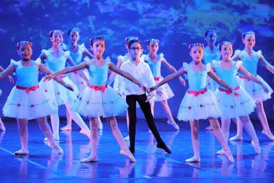 Más de doscientos estudiantes suben a escena en la Gala de danza del IMA
