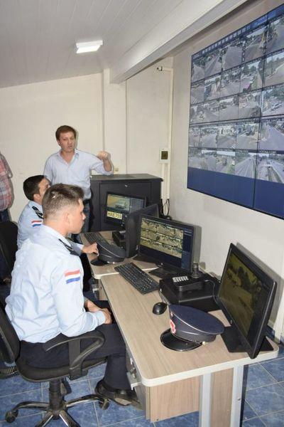 Habilitan centro de monitoreo y videovigilancia 911 en San Ignacio