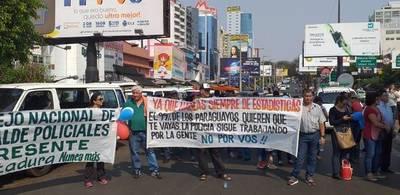 """Policías podrían hacer """"brazos caídos"""" ante proyecto de militarización"""
