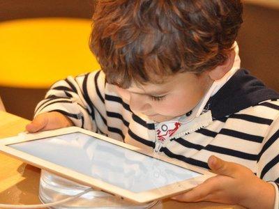 Tecnologías influyen en procesos de aprendizaje durante la infancia