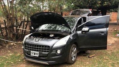Hallan doble fondo en vehículo incautado en Coronel Oviedo