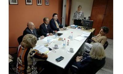 Oficina de Ética Judicial recibe visita de magistrada española