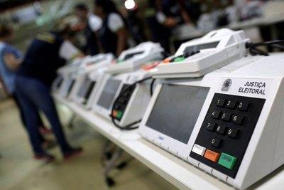 ¿Son confiables los sistemas de urnas electrónicas y cajeros automáticos?