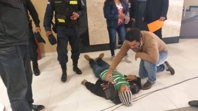 HOY / Diputados aprueban indemnizar a los gestores del golpe a Stroessner