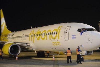 Restricción de vuelos nocturnos en aeropuerto argentino afectará a unos 39 mil pasajeros de Asunción