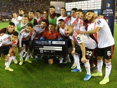 River superó a Godoy Cruz y se clasificó a cuartos de la Copa Argentina