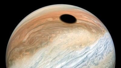 Eclipse solar en Júpiter