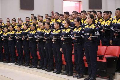 Asumen 74 nuevos agentes de la PMT de Ciudad del Este