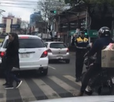 Presentan a 80 nuevos agentes de tránsito en Ciudad del Este