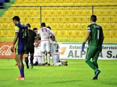 River Plate gana y respira, mientras Capiatá se complica