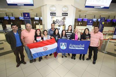 Estudiantes de Arambé viajaron a Abu Dhabi