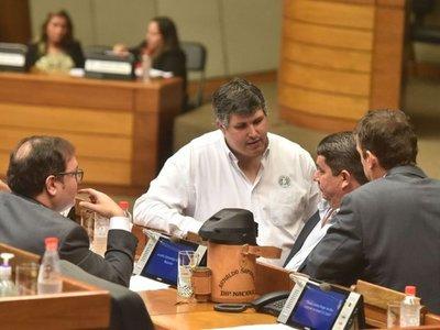 Reclaman que fiscala no imputa al diputado Samaniego pese a pruebas