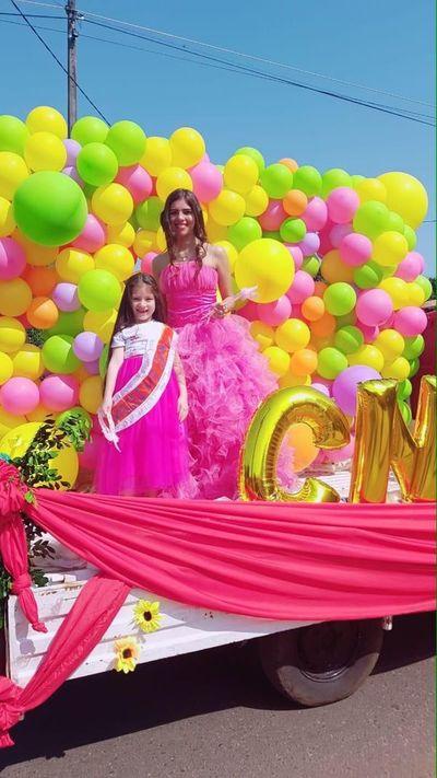 Coloridos desfiles y competencias en  celebraciones por llegada de la primavera