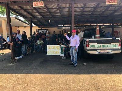 CDE: emplazan a exagentes a abandonar Municipalidad