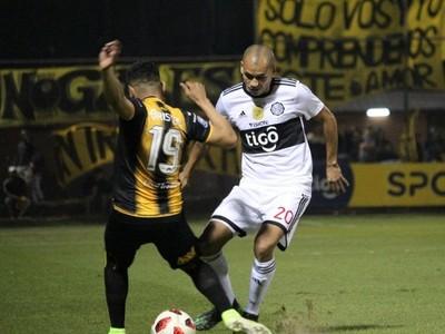 Guaraní y Olimpia igualaron en un partidazo en Dos Bocas