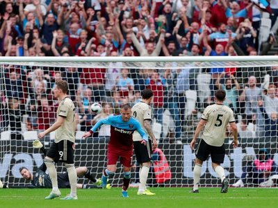 West Ham, sin Balbuena, vence al United