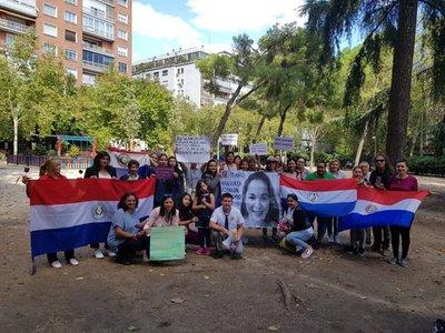 Paraguayos en Madrid piden justicia para compatriotas víctimas de feminicidio