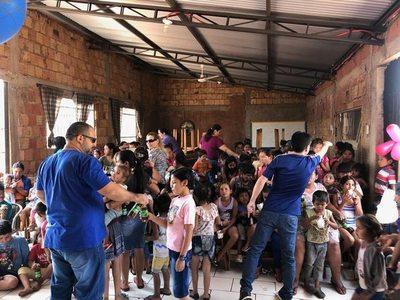 Agasajaron a niños del vertedero municipal de Pedro Juan