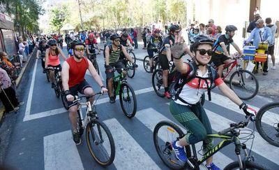 Día mundial sin auto, con bicicleteada