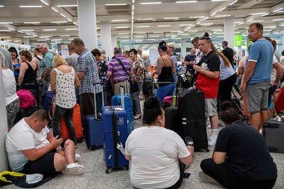 Reino Unido inicia mayor repatriación de británicos desde II Guerra Mundial