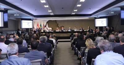Delegación de autoridades y empresarios se encuentra en Brasil para promover inversiones en nuestro país