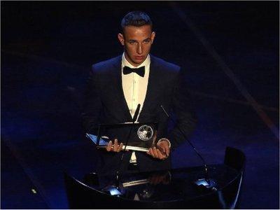 Daniel Szori gana el premio Puskas al mejor gol del año