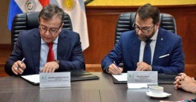 EBY apoyará la capacitación de agentes fiscales